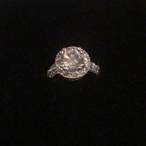 """Premier Designs """"Laura"""" Ring - Size 5 NWT"""